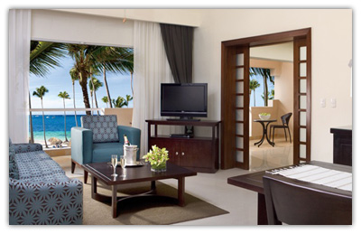 Preferred Club Honeymoon Suite with Jacuzzi Ocean View