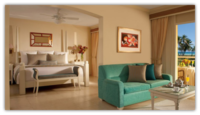 Preferred Club Honeymoon Suite Tropical or Ocean View